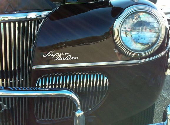 800px-Classic_Car_Front