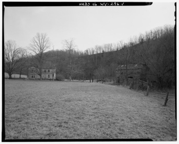 View_southeast,_general_view,_barn_at_left_-_Woods_Homestead,_County_Route_12_on_north_side_of_North_Fork_of_Hughes_River,_2.2_miles_north_and_east_of_Goose_Run_Road_intersection_HABS_WVA,43-HARVL,2-1.tif