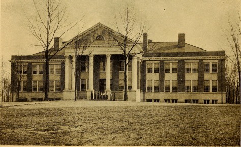 Bulletin_of_the_State_Normal_School,_Fredericksburg,_Virginia,_June,_1915_(1915)_(14780801401)