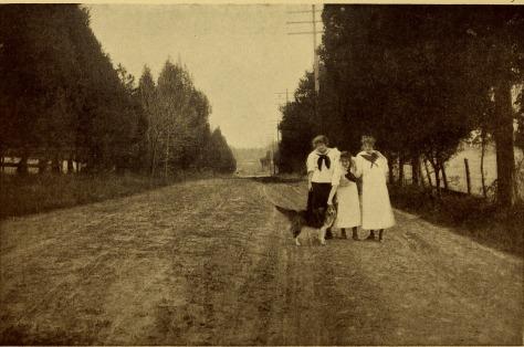 Bulletin_of_the_State_Normal_School,_Fredericksburg,_Virginia,_June,_1917_(1917)_(14597251829)