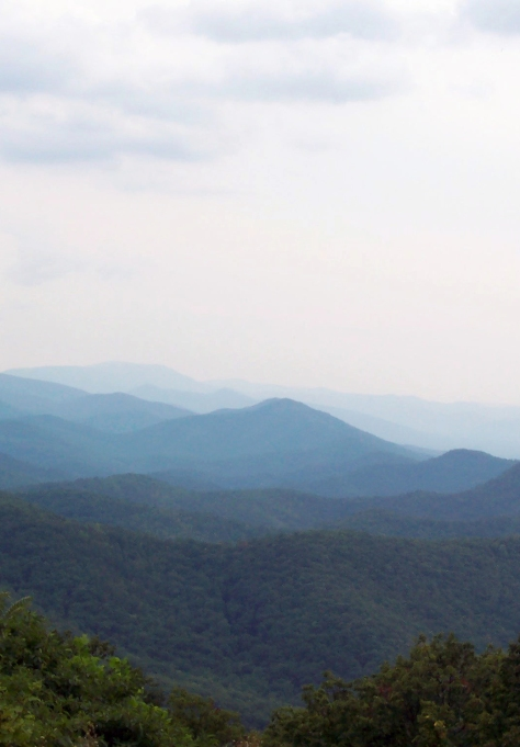 Chimney_Rock_Mountain_Overlook_crop