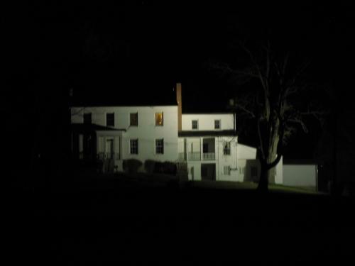 Daniel_Hertzler_House_at_night