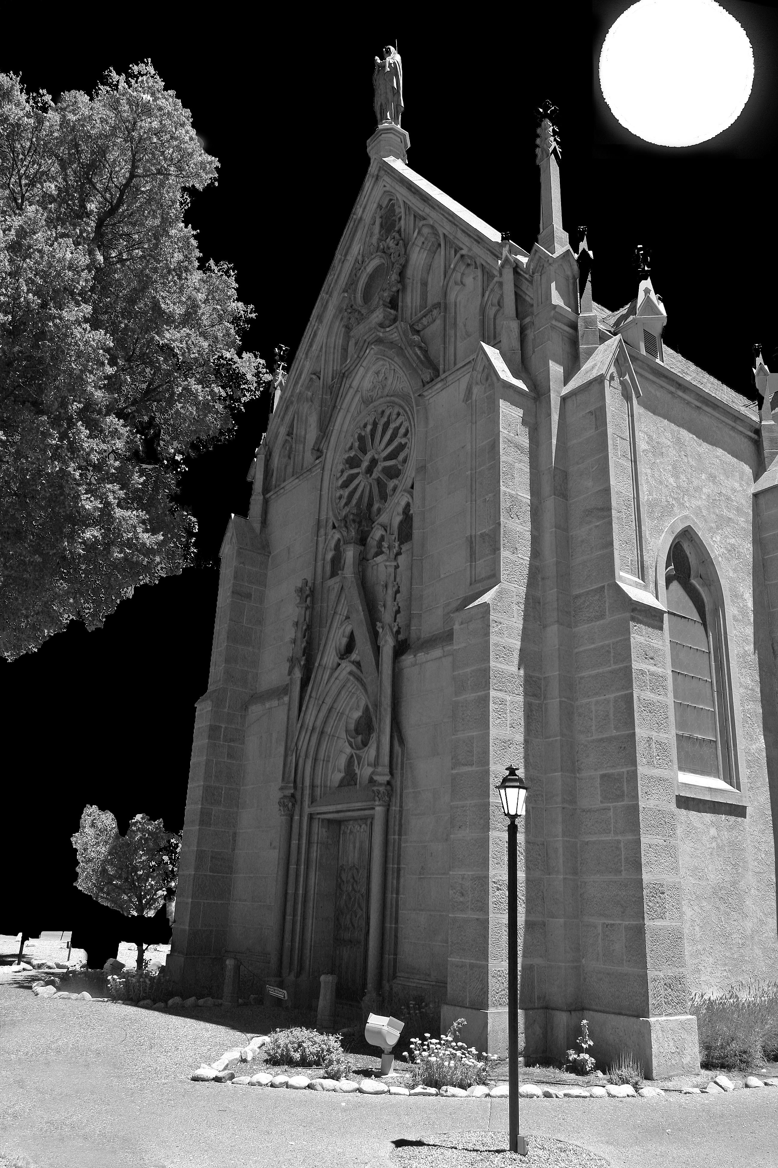Scary_Church_at_Night_(7726430308)