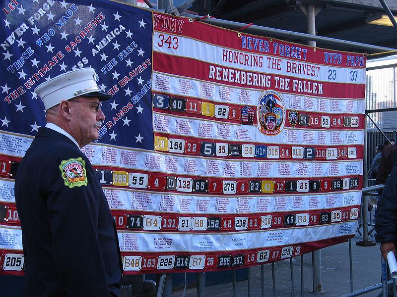 800px-911_ladder10_flag