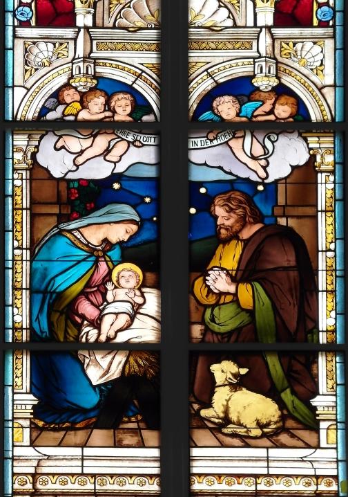 20180922425DR_Stolpen_Stadtkirche_Bleiglas-Weihnachtsfenster