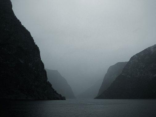 800px-Aurlandsfjord