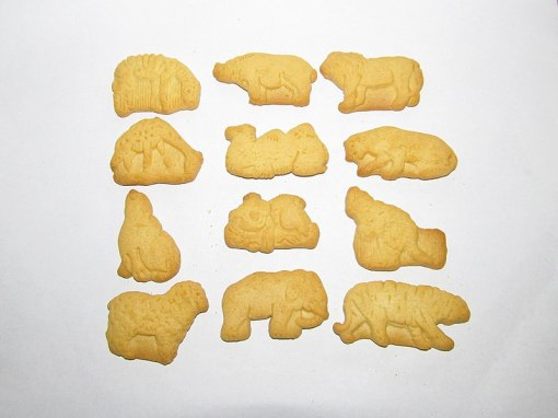 800px-Barnum's_Animal_Crackers_collection_(25904596004)