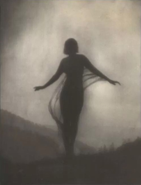 The_Breeze_by_Anne_Brigman